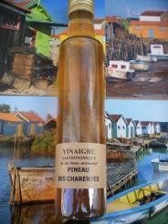vinaigre gastronomique de vin blanc aromatisé pineau des charentes.