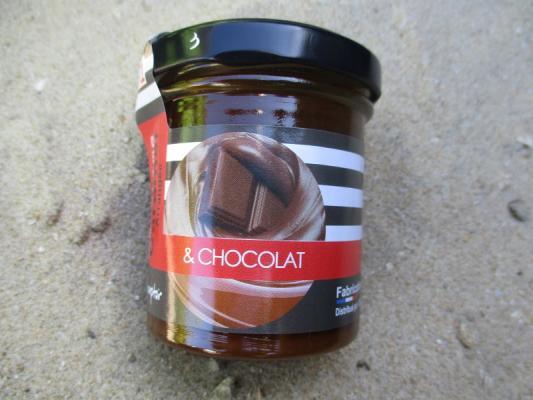 créme de caramel arrangée et chocolat