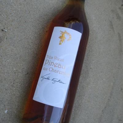 tres vieux Pineau des Charentes Blanc egreteau