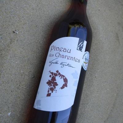 Pineau des Charentes rouge egreteau