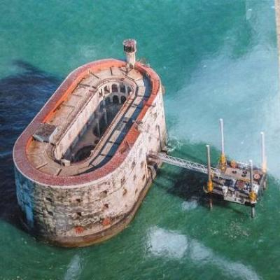 carte postale fort boyard 03