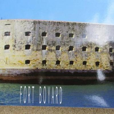 carte postale fort boyard 02