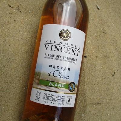 Pineau des Charentes blanc vignoble vincent